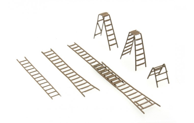 316054 Painted Ladder Set (N scale 1/160th)