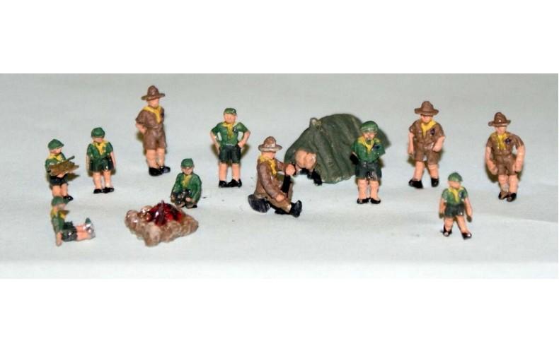 A114 Cub/Scout Camp Set Unpainted Kit N Scale 1:148