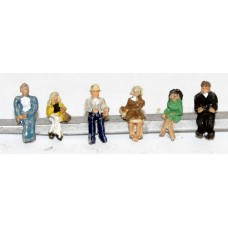 A118p Painted 6 Seated Passengers/Figs.Set 1 N Scale 1:148