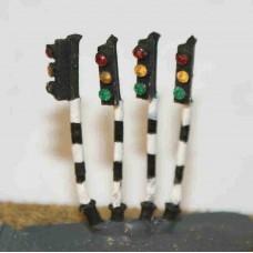 A15 4 traffic lights - single head Unpainted Kit N Scale 1:148