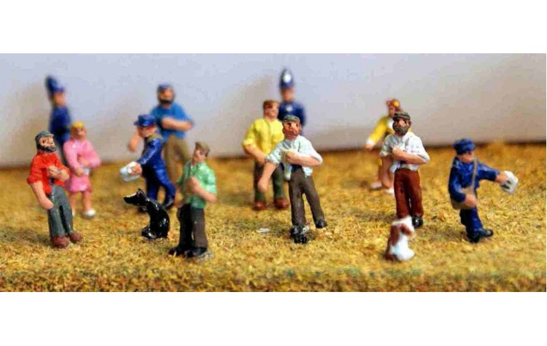 A45 assorted Figures Unpainted Kit N Scale 1:148