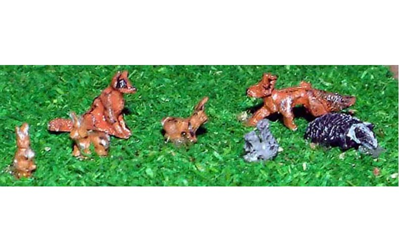 A64 Wild Animals-foxes, rabbits, badger, squirrel Unpainted Kit N Scale 1:148