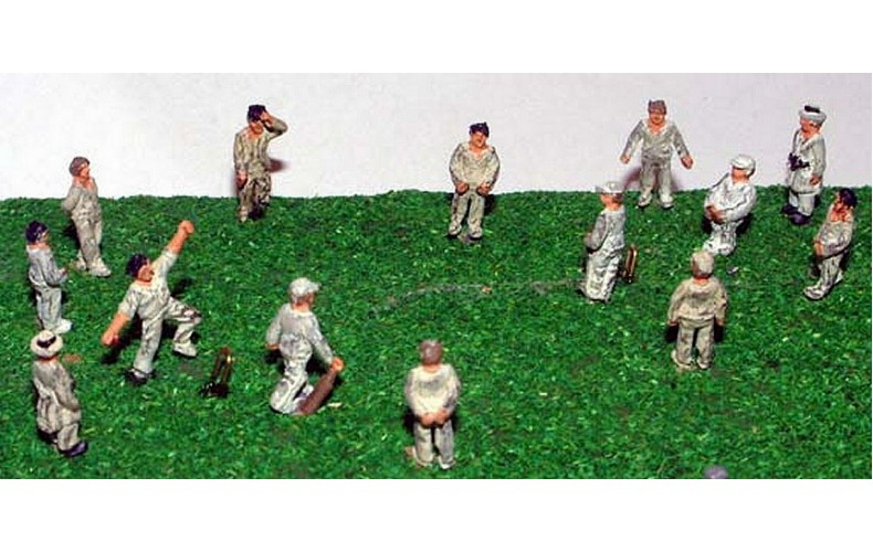 A76 Cricket Game Figures Unpainted Kit N Scale 1:148