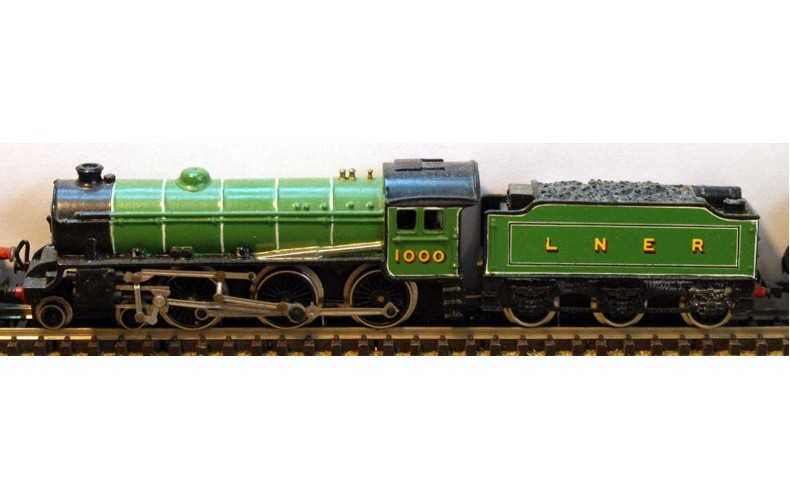 B12 L.N.E.R. B1 reqs black 5 chassis Unpainted Kit Nscale 1:148