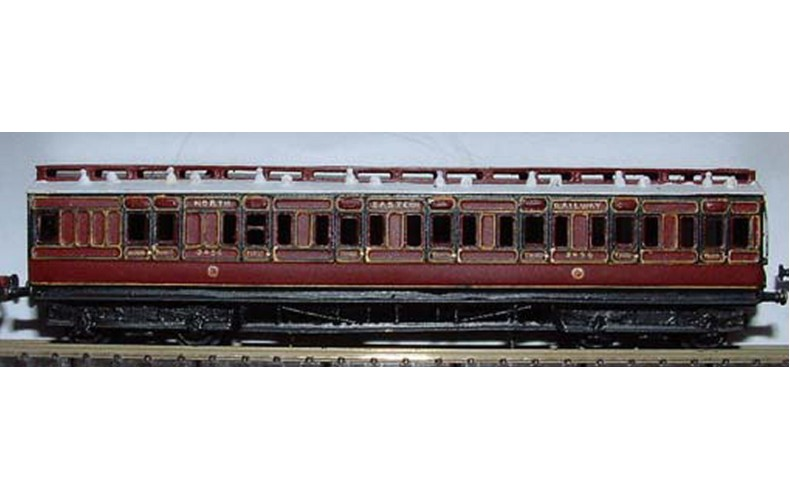 C1 NE/LNER Clerestorey Push Pull Unpainted Kit Nscale 1:148
