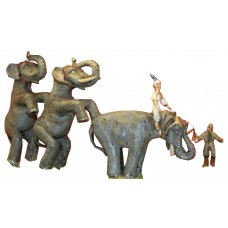CIR2 Standing Elephant Act & trainer Unpainted Kit OO Scale 1:76
