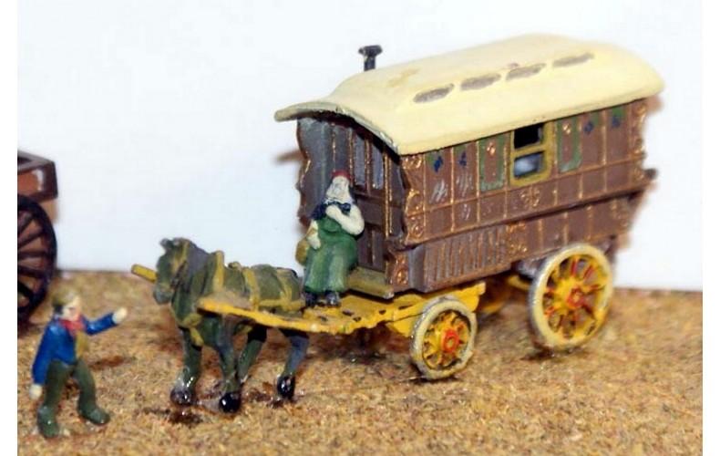 E17 Gypsy caravan, horse & figures Unpainted Kit N Scale 1:148