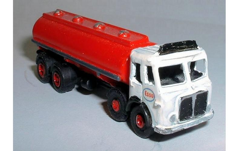 E37 AEC 8 wheel Bulk Tanker Unpainted Kit N Scale 1:148