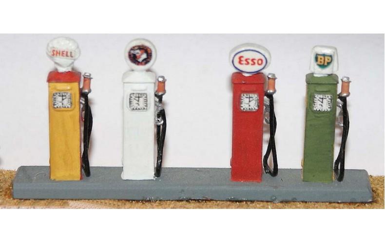 F115 4 x 1940/60's Petrol Pumps F115 Unpainted Kit OO Scale 1:76