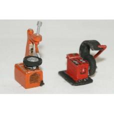 F116b Garage Machine, tyre remover & balancer F116b Unpainted Kit OO Scale 1:76