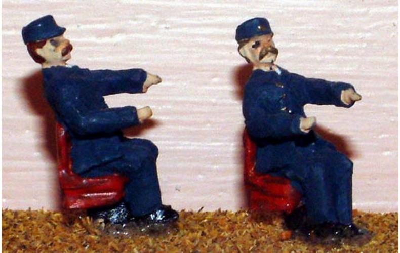 F120p Painted Loco Crew 2 x Diesel Drivers OO 1:76 Scale Model Kit