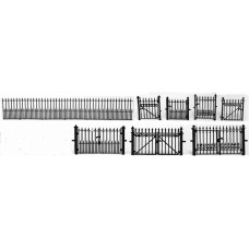 F126 Fencing - spear, gates single & double F126 Unpainted Kit OO Scale 1:76