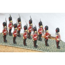 F12p Painted Marching Guards OO 1:76 Scale Model Kit