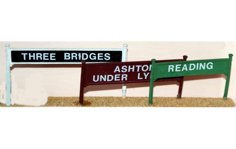 F138 2 large Station Name Board (68x8mm) F138 Unpainted Kit OO Scale 1:76