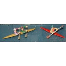 F141p Painted 2 x Canoes/Kayaks + figures OO 1:76 Scale Model Kit