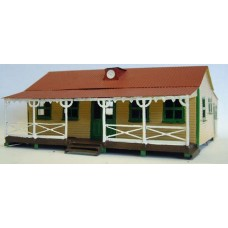 F162 Pavillion building(cricket,café,scout,etc) Unpainted Kit OO Scale 1:76