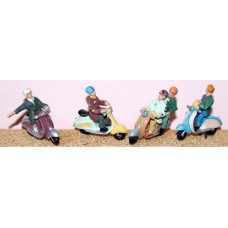 F164 4 ass. Scooters & riders (Mods)  Unpainted Kit OO Scale 1:76