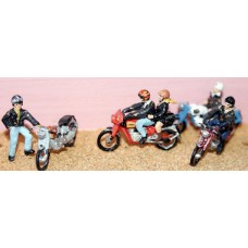 F165 4 ass. Motorcycles & riders (Rockers) Unpainted Kit OO Scale 1:76