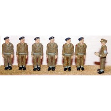 F170b Army personnel - On Parade-Attention Unpainted Kit OO Scale 1:76