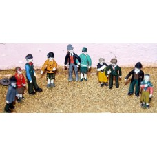 F17 10 Standing figures of the 1920's Unpainted Kit OO Scale 1:76