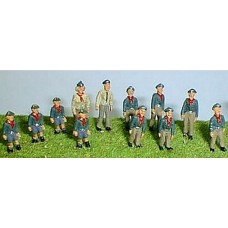 F196a 1960's onwards Cub / Scouts on Parade Unpainted Kit OO Scale 1:76