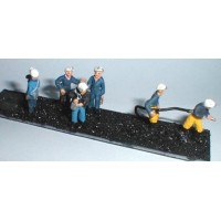 F211a 6 Assorted Coal Miners Set 1 Unpainted Kit OO Scale 1:76