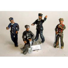 F219p Painted Relaxed Loco Driver + fireman (4 figs) OO 1:76 Scale Model Kit