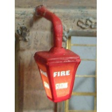 F224 Illuminated Kit 'Fire Station' Wall lamp Unpainted Kit OO Scale 1:76