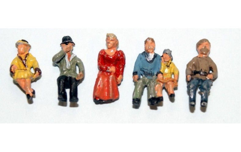 F255p Painted 6off Seated Passengers set 2 OO 1:76 Scale Model Kit