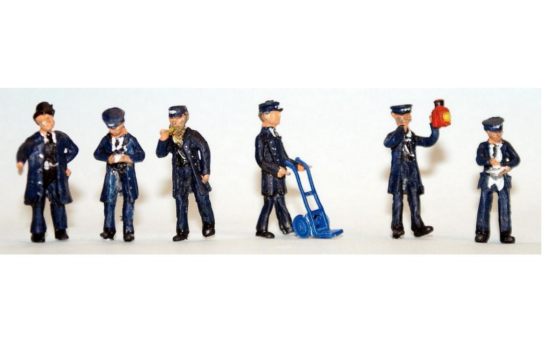 F263p Painted 6 x Station Figures OO 1:76 Scale Model Kit