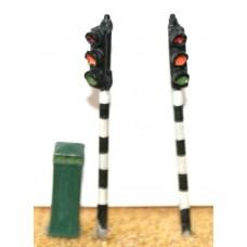 F28 2 single head Traffic Lights & box F28 Unpainted Kit OO Scale 1:76