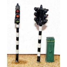 F29p Painted Twin Head Traffic Light OO Scale 1:76