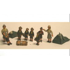 F314 Early Brownies in Camp (OO Scale 1/76th)