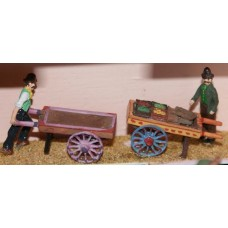 F48 2 street traders with barrows Unpainted Kit OO Scale 1:76