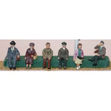 F51p Painted 6 Sitting Figures OO 1:76 Scale Model Kit