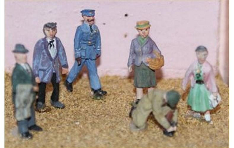 F53p Painted 6 Standing Figures set 2 OO 1:76 Scale Model Kit