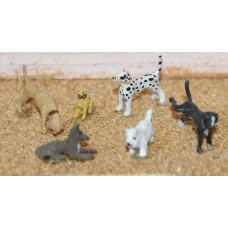 F66 6 assorted Dogs Unpainted Kit OO Scale 1:76