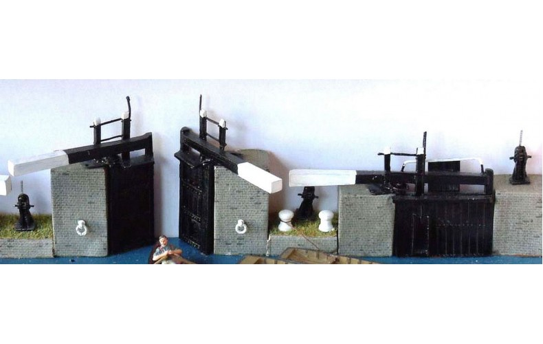 Offer Narrow Lock Set (OO scale 1/76th)