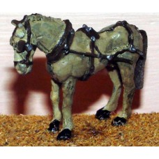 F71 2 harnessed horses (twin shaft) Unpainted Kit OO Scale 1:76