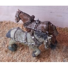 F72 2 shire horses with harness Unpainted Kit OO Scale 1:76