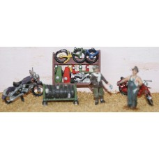 F75e Motor-cycle shop fitting & figures Unpainted OO 1:76 Scale Model Kit