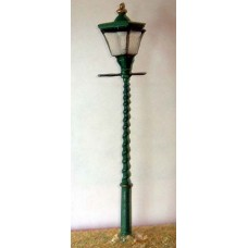 F83 Square twisted post station Lamps x 4 Unpainted Kit OO Scale 1:76