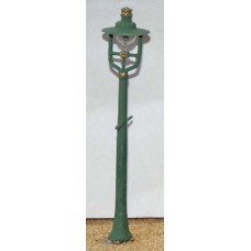 F83b 4 LNWR Station Lamps(Tapered Post) Unpainted Kit OO Scale 1:76