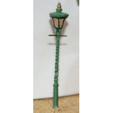 F86 Octagonal twisted post station lamp x4 Unpainted Kit OO Scale 1:76