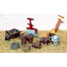F99 Mower,roller,wheelbarrow & seedtrays F99 Unpainted Kit OO Scale 1:76