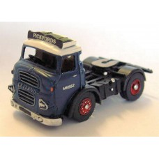 G113 Leyland/Albion 4w tractor (LAD) 1960's Unpainted Kit OO Scale 1:76