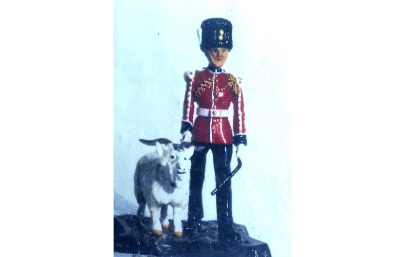 GB16p Royal Welsh Fusilier with Goat Mascot GB16p Painted Model 54mm Scale