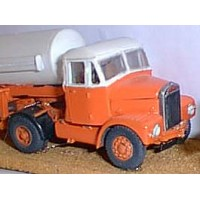 G64 Scam. Highwayman tractor unit 1955 Unpainted Kit OO Scale 1:76