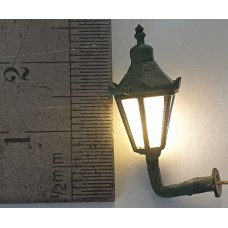L53p Hexagonal Wall Mounted Lamp Working (O scale 1/43rd)
