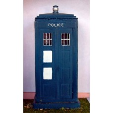 L5p Painted Police Telephone Box (resin) O Scale 1:43